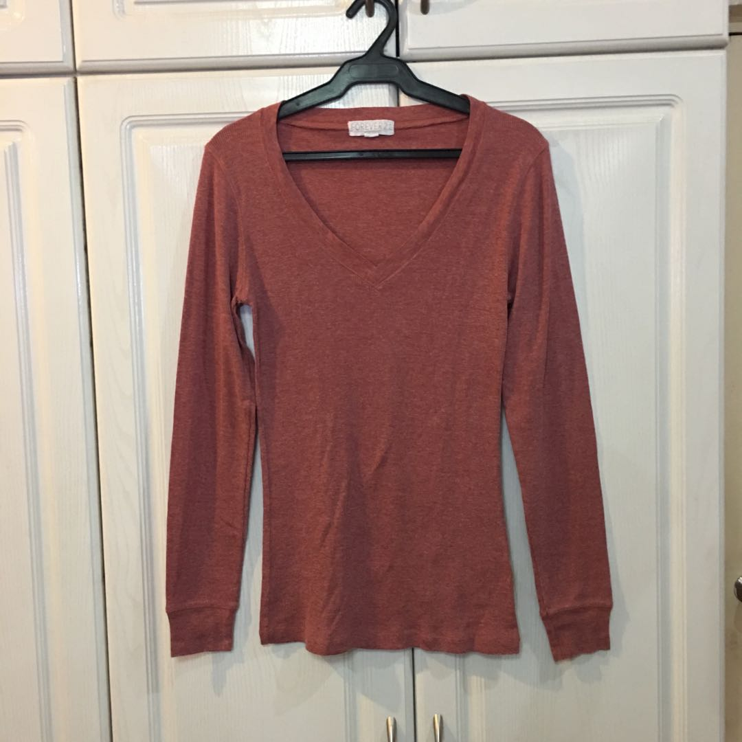 F21 Brown Red V Neck Long Sleeve Ribbed Top