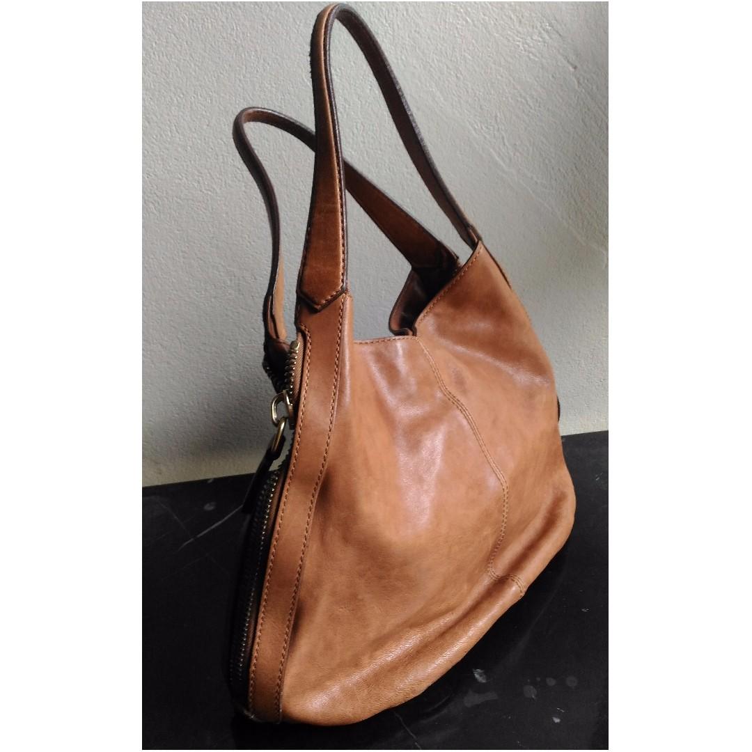 e335c30581 Givenchy Tinhan Bag Medium