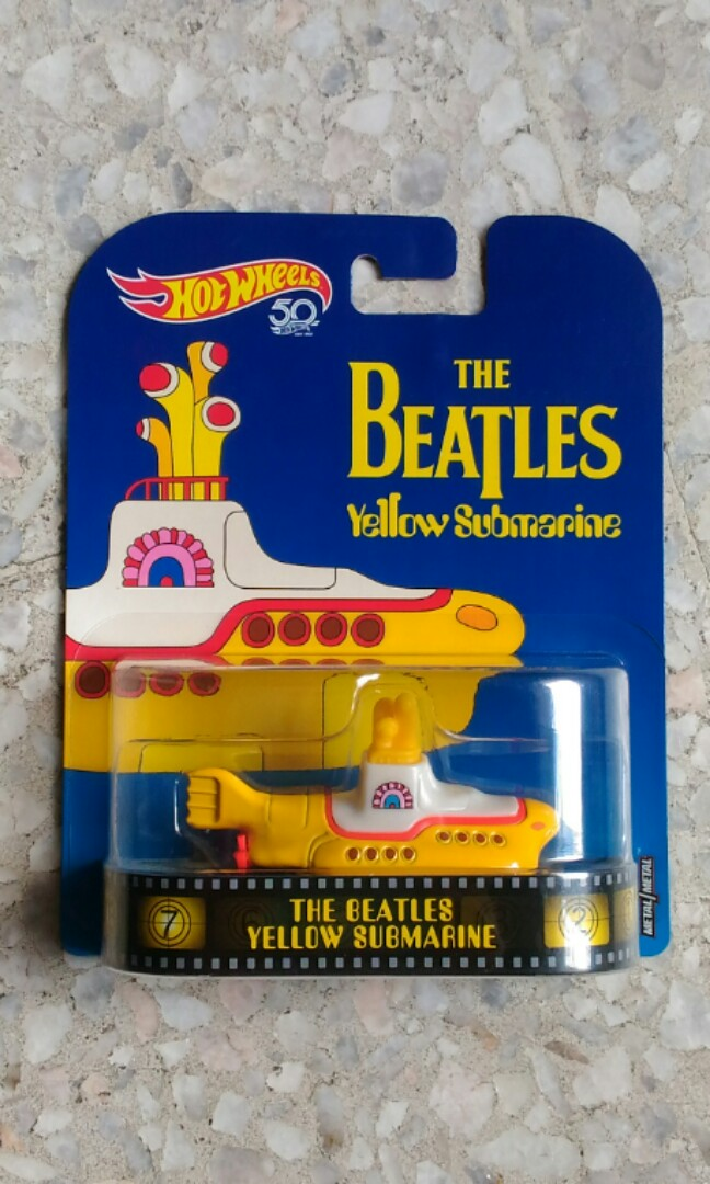 Hotwheels hotwheels retro The Beatles Yellow Submarine