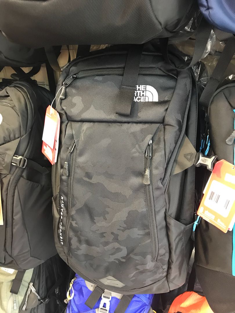 b9726df24 Northface Router Transit North Face 17 inch laptop backpack - Black ...