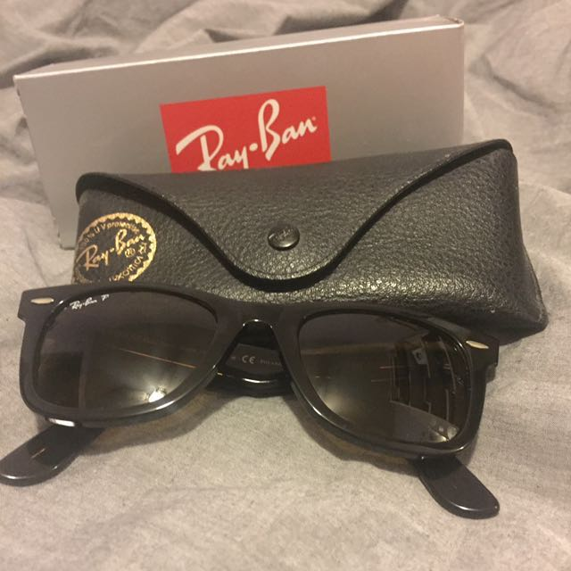 Polarized tortoise shell Raybans