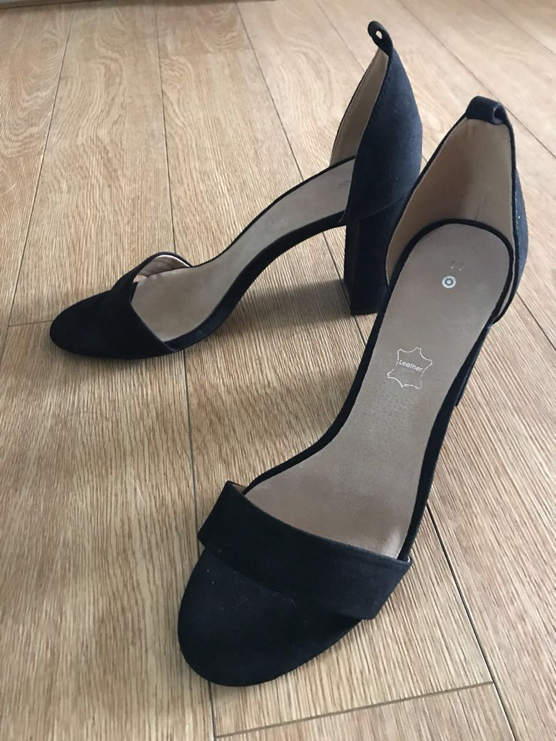 Size 11 black high heels pumps. Leather inner