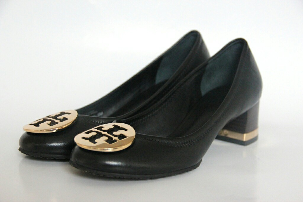 47cc10cf15a Tory Burch Amy Pump SALE