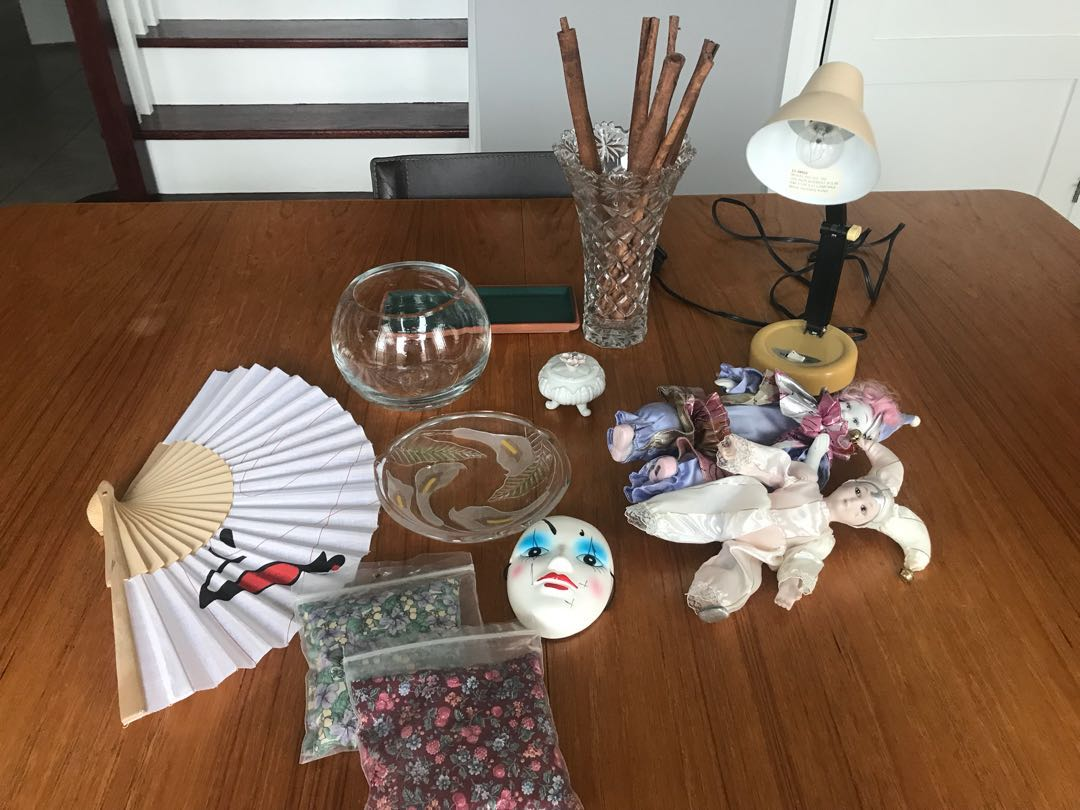 Various household items