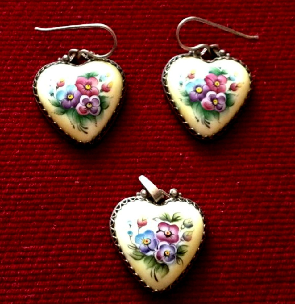 Vintage Hand-painted Dangling Earrings and Pendant Set