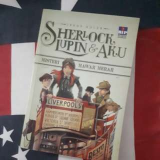 "Novel Sherlock , Lupin , Aku edisi 3 ""Misteri mawar merah"""
