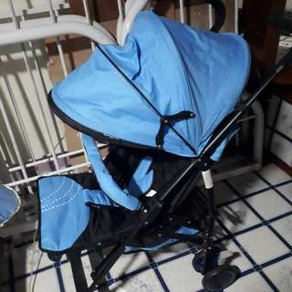 Giant carrier stroller umbrella type