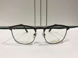 """Sullivan"" Specs"