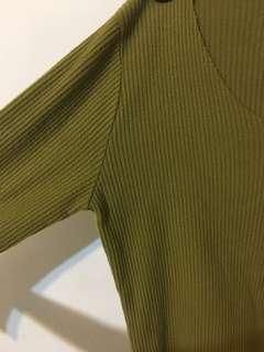 芥末綠韓製針織上衣🇰🇷