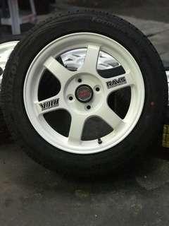 *kuat kuat offer* te37 15 inch sports rim vios new tyre dunlop. Merciks awooowww, menggoda hati haji dollah!!!