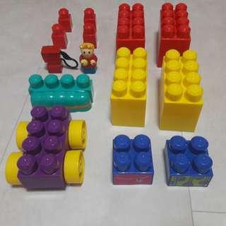 Mega Bloks (30 pcs)