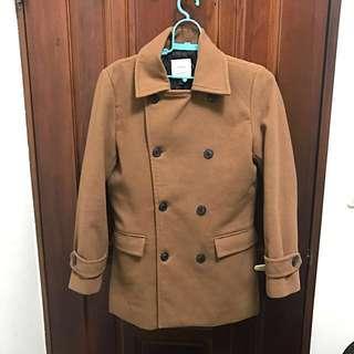 🚚 韓國排扣米色大衣 穿過二次 接近全新