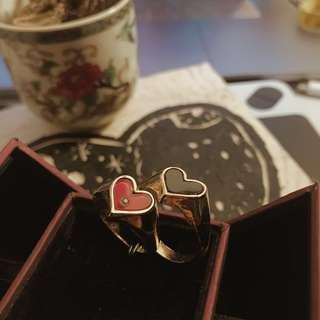復古黑與紅心戒指♥️(從地攤發掘的)