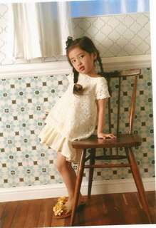 12韓款女童連身裙