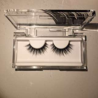 Serendipity Velour Lashes
