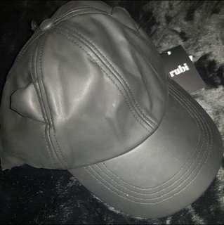 Cat ear cap black