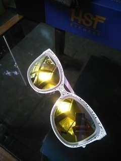 Kacamata Sunglasses UV Protection