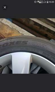 "Hyundai elantra 16"" original rim with tyre"