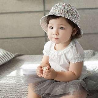 Instock - white reversible floral hat, baby infant toddler girl children glad cute 123456789 lalalala
