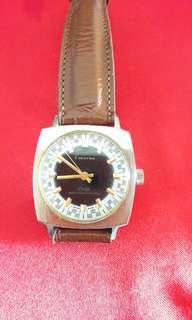 Raya Offer-Swiss Lucerne Wrist Watch
