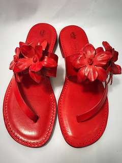 Handmade Tuscany sandals with red flowers - 100% Made in Italy 🇮🇹