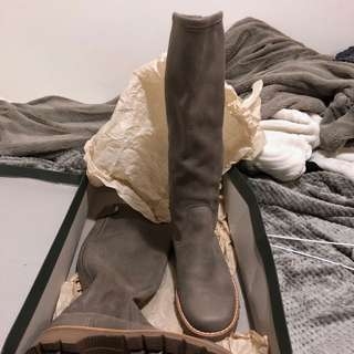 BNIB genuine leather roots equestrian boot