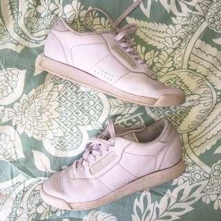 Reebok Lilac Sneaker