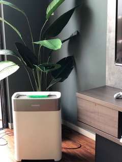 AIR PURIFIER WITH LATEST TECHNOLOGY FOR FRESH INDOOR AIR