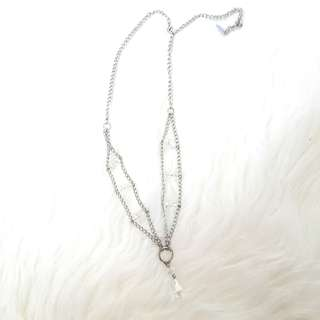 House of jelouxy necklaces