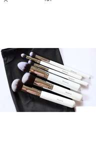 💯 Authentic Morphe 6 Brush set