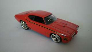Jada Toys Authentic Pontiac scale 1/64