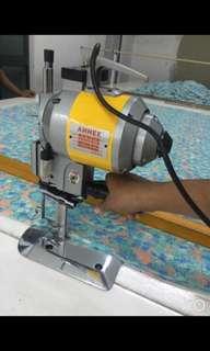 mesin potong kain