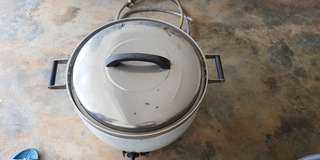 Commercial rice cooker. Periuk nasi.