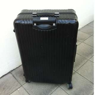 Rimowa Salsa Deluxe 8 wheeler TSA luggage 32 inches. Used only once. Retail price $850.