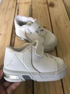 Jordan all white shoes