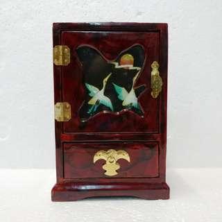 懷舊貝殼畫首飾箱