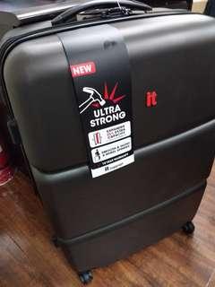 It luggage 8.8kg