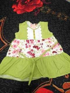 Kids dress green 6m up to 1y