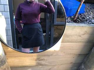 Crop maroon jumper