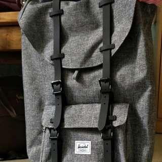 Herschel 23.5L Backpack