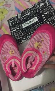 Barbie beach shoes for toddlers