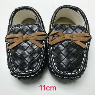 Baby pre-walker shoes