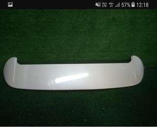 2016 Estima Acr50 original rear top spoiler. Pearl white