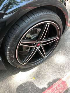 "18"" Vossen CV5 rims with Pirelli tyres"