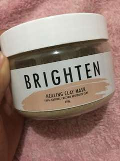 Brighten healing clay mask