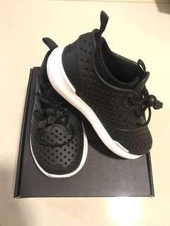 *BNIB* Kid's shoes