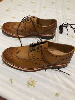 ALL LEATHER brogues