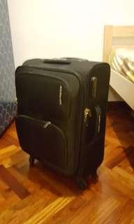 Toro 21吋行李箱