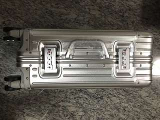 Aircraft grade aluminium luggage