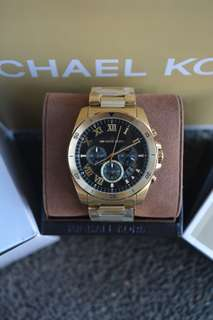 Michael Kors Bracken Black Dial Chronograph Watch (MK8581)